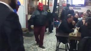 Okmeydanı'nda Evet'çilere DHKP-C'den silahlı tehdit