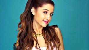 Konserinde patlama olan şarkıcı Ariana Grande kimdir?