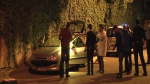 Üsküdar'da otomobilin içerisinde erkek cesedi bulundu