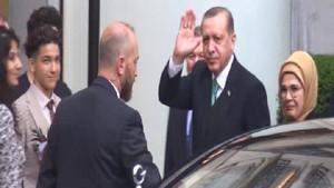 Cumhurbaşkanı Erdoğan'a Brüksel'de sürpriz sevgi gösterisi