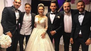 Hakan Çalhanoğlu'ndan muhteşem zeybek performansı