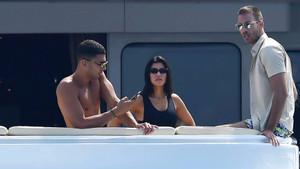 Kourtney Kardashian eski eşine nispet mi yapıyor?