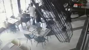 Kafede silahlı saldırı