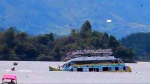 Kolombiya'da Turist teknesi battı: 9 ölü