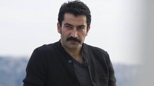 Cingöz Recai filminde Kenan İmirzalıoğlu'nun babasını oynayacak