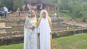 Hasan Mezarcı'nın eşi kimdir?