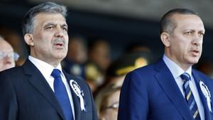 Abdullah Gül'den AK Parti'ye çok ilginç mesaj
