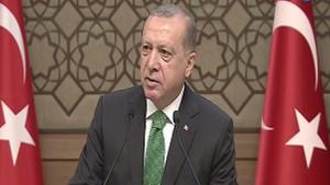 Cumhurbaşkanı Erdoğan: Atatürk'ü atletle görüp de resim çektirdiğine şahit oldun mu?