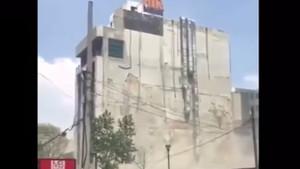 Meksika'da deprem anı! Dehşet görüntüler