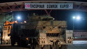 Tanklar Afrin harekatı için yola çıktı