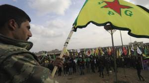 Independent yazarı Patrick Cockburn: Rojava'nın geleceği pamuk ipliğine bağlı