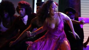 Grammy ödül törenine Rihanna damga vurdu!