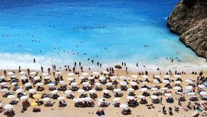 Antalya'ya en çok turist Rusya'dan geldi