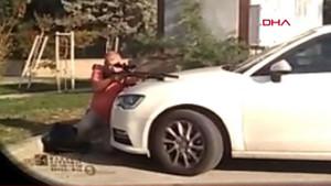Antalya'da kent merkezinde susturuculu, dürbünlü tüfekle kuş avladı
