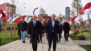 Kemal Kılıçdaroğlu 44 dönümlük Maltepe Cumhuriyet Parkı'nı ziyaret etti