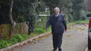 Son dakika: Metin Akpınar ve Müjdat Gezen gözaltına alındı: Polis eşliğinde adliyeye götürüldüler