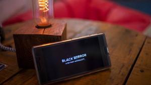 Netflix'in Black Mirror filmi Bandersnatch hakkında neler biliniyor?