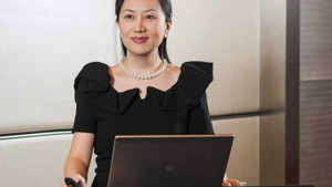 Huawei'nin kurucusunun kızı Meng Wanzhou tutuklandı