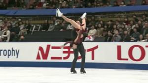 Tessa Virtue ile Scott Moir çifti kazandıkları altın madalyayla tarihe geçti