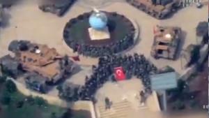 Türk askeri Afrin 'de Hilal şeklinde dizildi