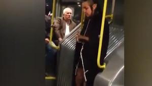Metrobüste şeytan kılıklı garip kadın
