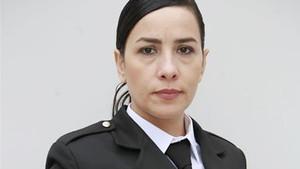 Avlu dizisinde Özlem Balaban karakteri Onuryay Evrentan Atasalihi kimdir?
