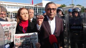 Silivri'de Cumhuriyet Gazetesi davası öncesi basın açıklaması gerginliği