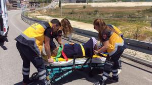 Kazada eteği yırtılan yaralı karısına ambulans çağırmadı!