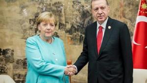 Merkel'in Erdoğan'ı Berlin'e davet ettiği yönündeki haberler yalanlandı