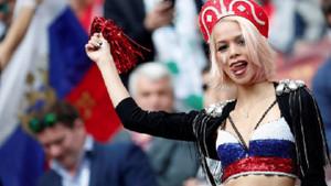 Putin noktayı koydu: Rus kadınlar turistlerle ilişkiye girebilir