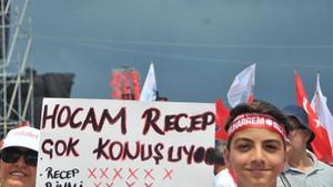 Muharrem İnce'nin Maltepe mitinginden dikkat çeken pankartlar