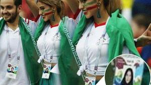 İranlı kadın taraftar çarşafı çıkarttı, göbeğini açtı