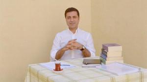 Demirtaş'tan ben bir Atatürkçü olarak size neden oy vermeliyim sorusuna yanıt