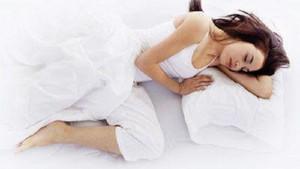 Uzmanlar neden sol tarafa doğru uyumayı tavsiye ediyor?