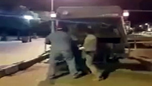 Vahşet! Köpekleri canlı canlı çöp kamyonuna atıp öldürdüler!