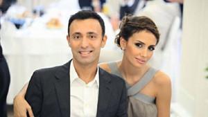 Emina Jahovic eridi, Mustafa Sandal kaslandı