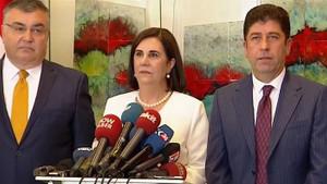 CHP'de muhalifler Kurultay için 630 delegenin imzasını Genel Merkeze teslim etti