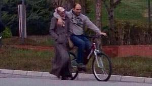 Romantikliği yanlış yorumlayan Türk çiftlerin beyin yakan paylaşımları