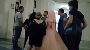 Polisten düğün konvoyuna baskın: Damat cezaevine gelin evine