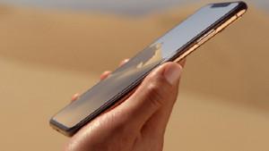 Yeni iPhone'lara kadınlar için fazla büyük eleştirisi