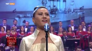 Azeri devlet sanatçısı Azerin'den o ezgiye yürek yakan yorum