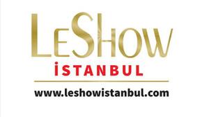 LeShow İstanbul podyumunda sürpriz isim: Özkan Uğur