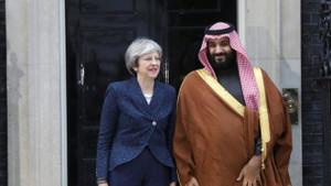 İngiltere Başbakanı Suudi'leri kınarken İngiliz heyet pazarlık masasındaydı
