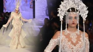 Moda şovuna transparan gelinlik damgası!