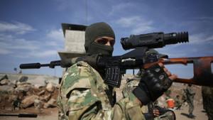 Son dakika: Suriye Milli Ordusu Fırat'ın doğusuna girdi!
