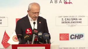Kılıçdaroğlu konuşmasını kendisine iletilen notla yarıda kesti