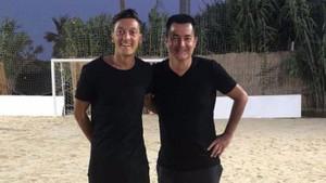 Acun Ilıcalı'dan flaş açıklamalar! Mesut Özil koşmazsa sataşırım