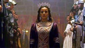 Vildan Atasever: Kraliçeyi oynamak eğlenceli