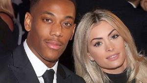 Ünlü futbolcu Anthony Martial'in hamile sevgilisini aldattığı ortaya çıktı