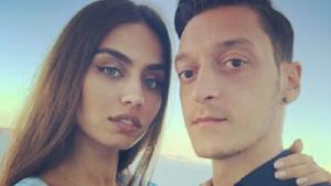 Mesut Özil'den Diriliş Ertuğrul paylaşımı